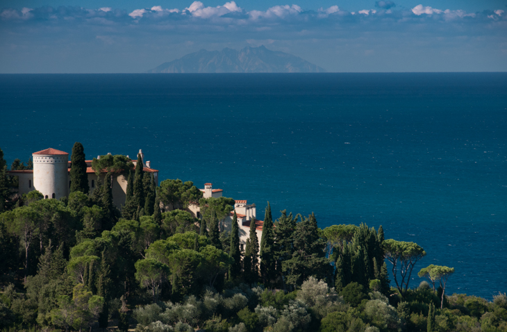 Monte Argentario, view at the island 'Monte Christo'